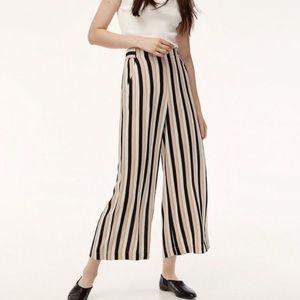 ⭐️Aritzia Wilfred Faun pant⭐️Wide leg striped crop❤️Comfy & light!